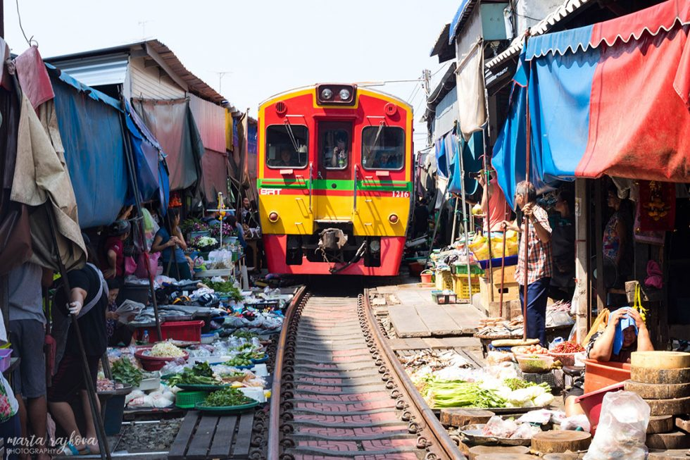 Maeklong Railways Market
